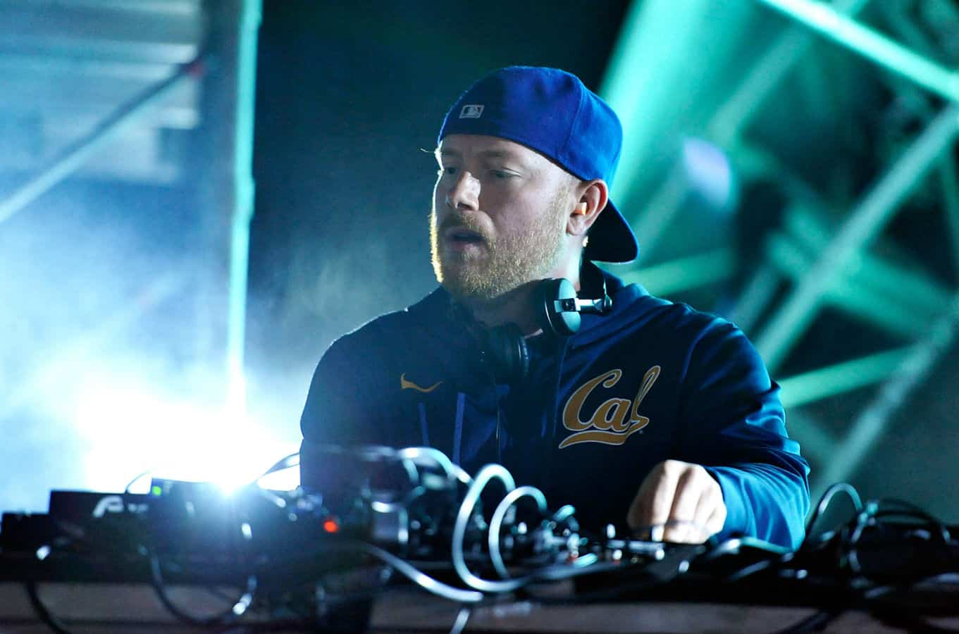 "Eric Prydz Serves Up Cirez D Remix of ""Directions"" by Beton"