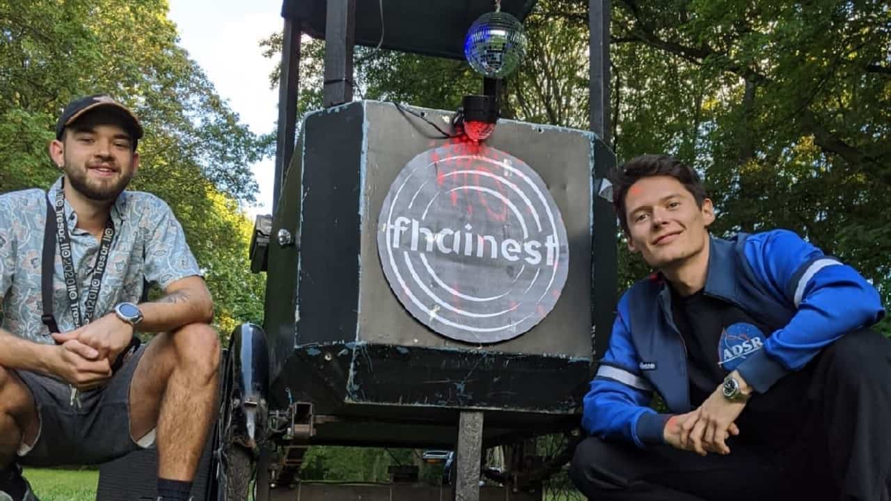 """Berlin Collective Fhainest Lead Dance Party on Wheels with """"Techno Rickshaw"""""""