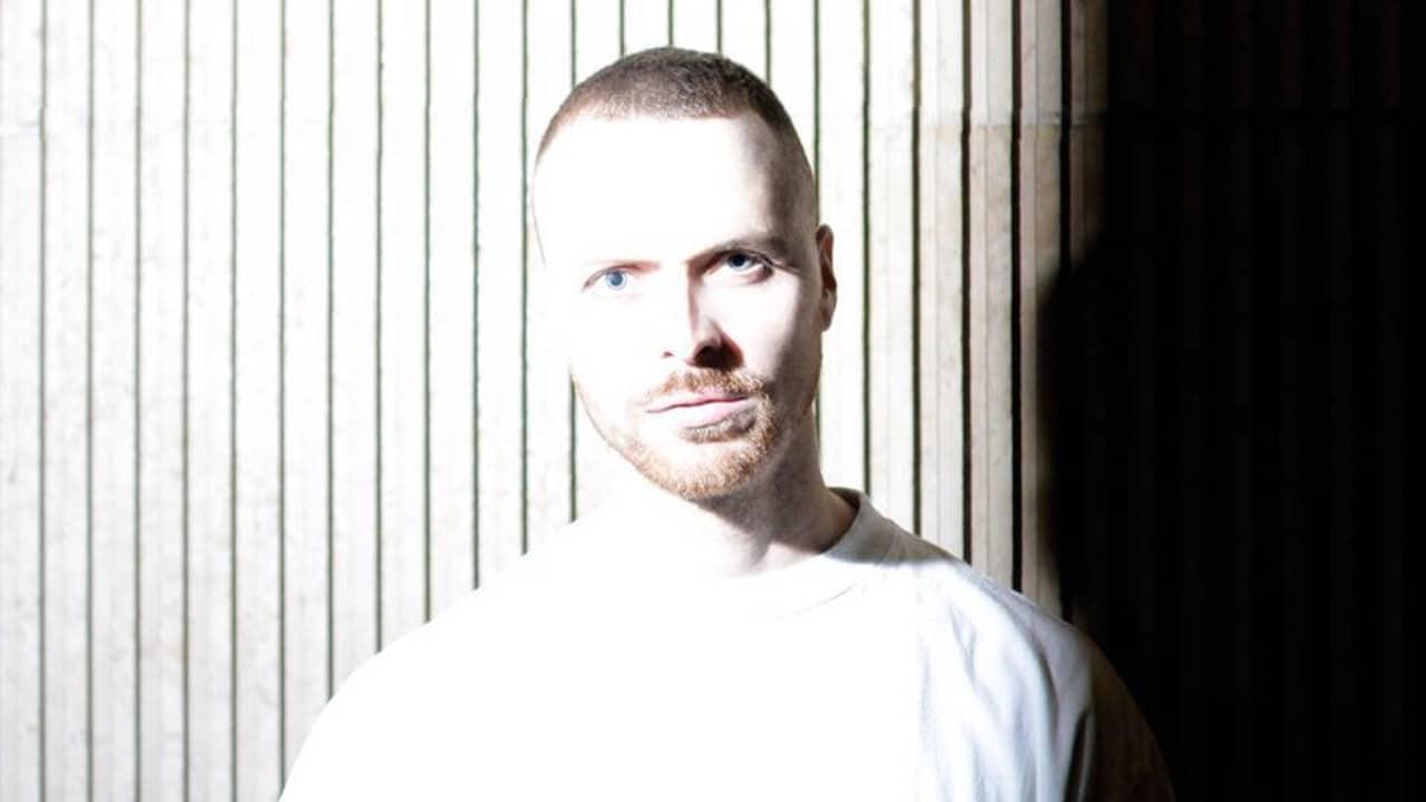 Henning Baer high contrast shadow slats