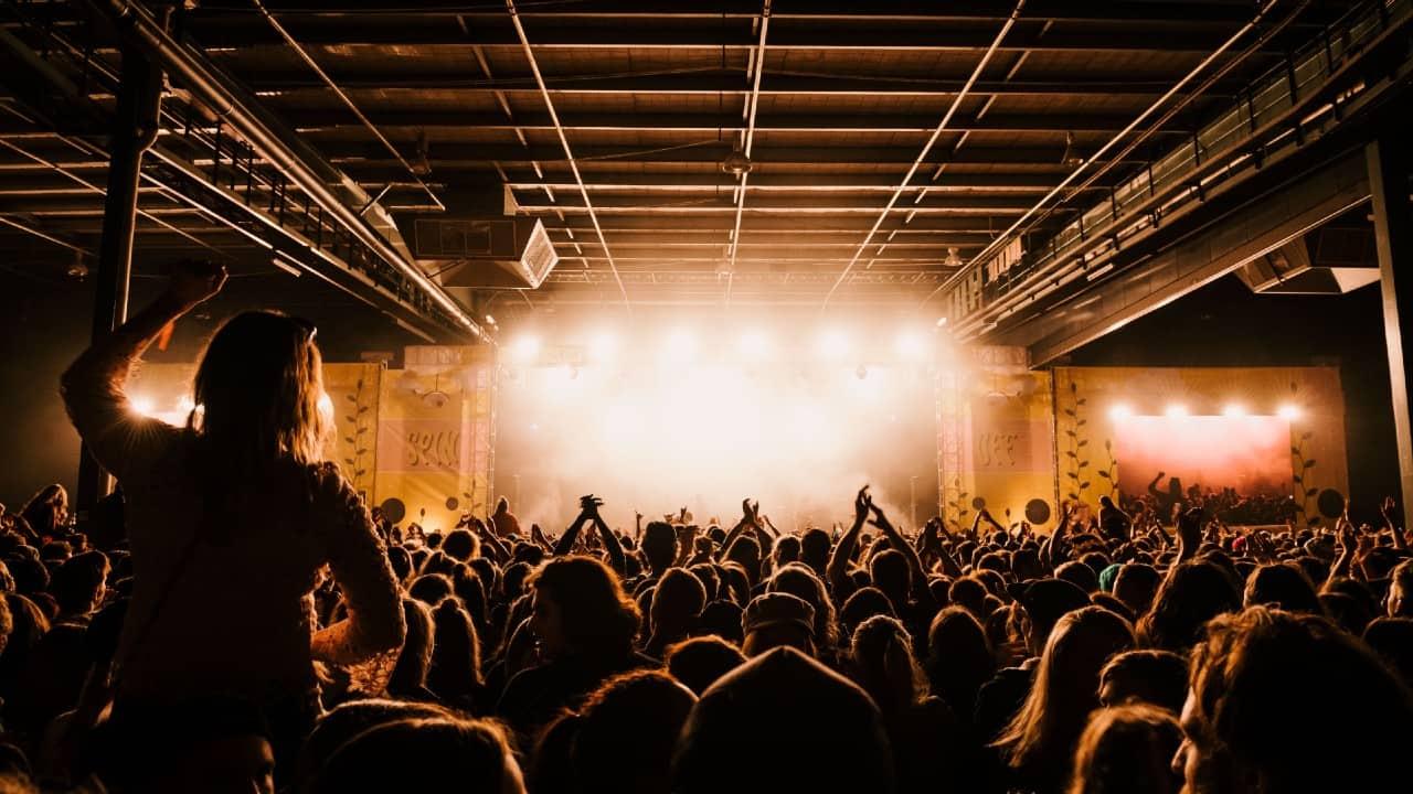 Nightlife crowd Danny Howe