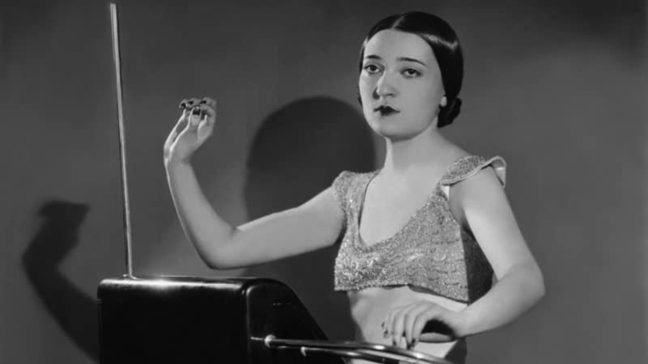 Clara Rockmore Theremin black and white