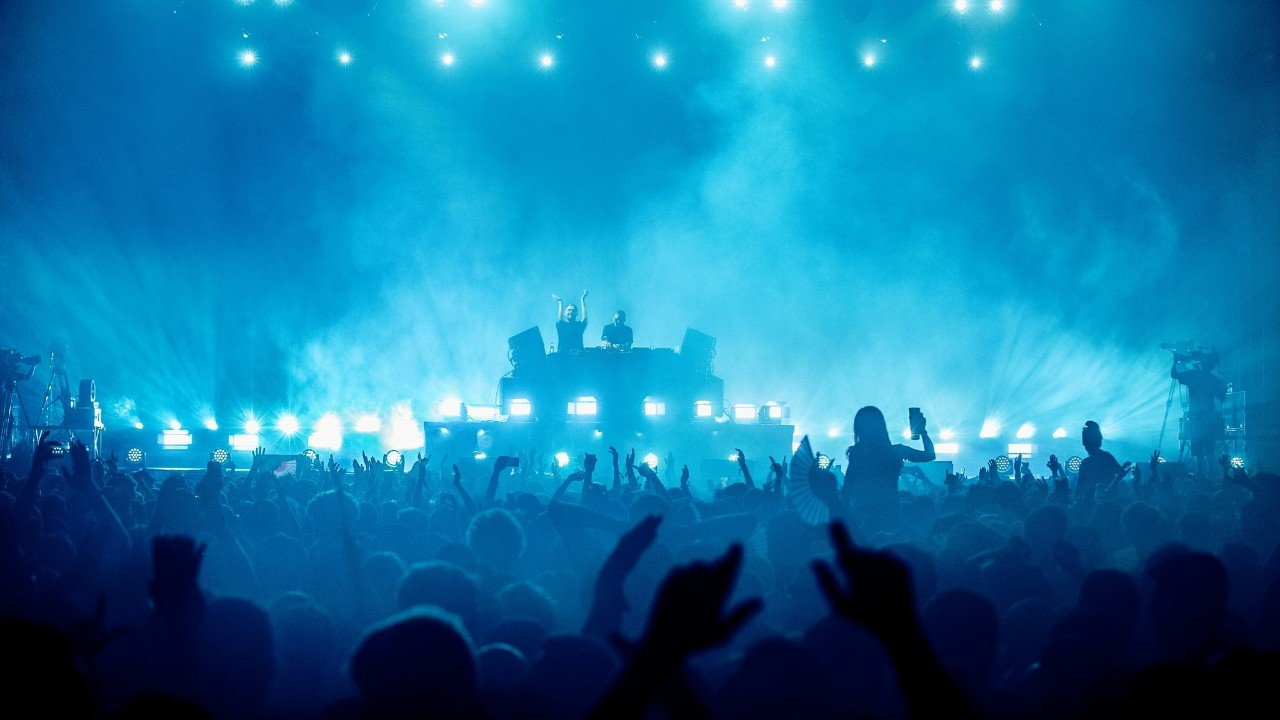 Sónar crowd festival nightlife
