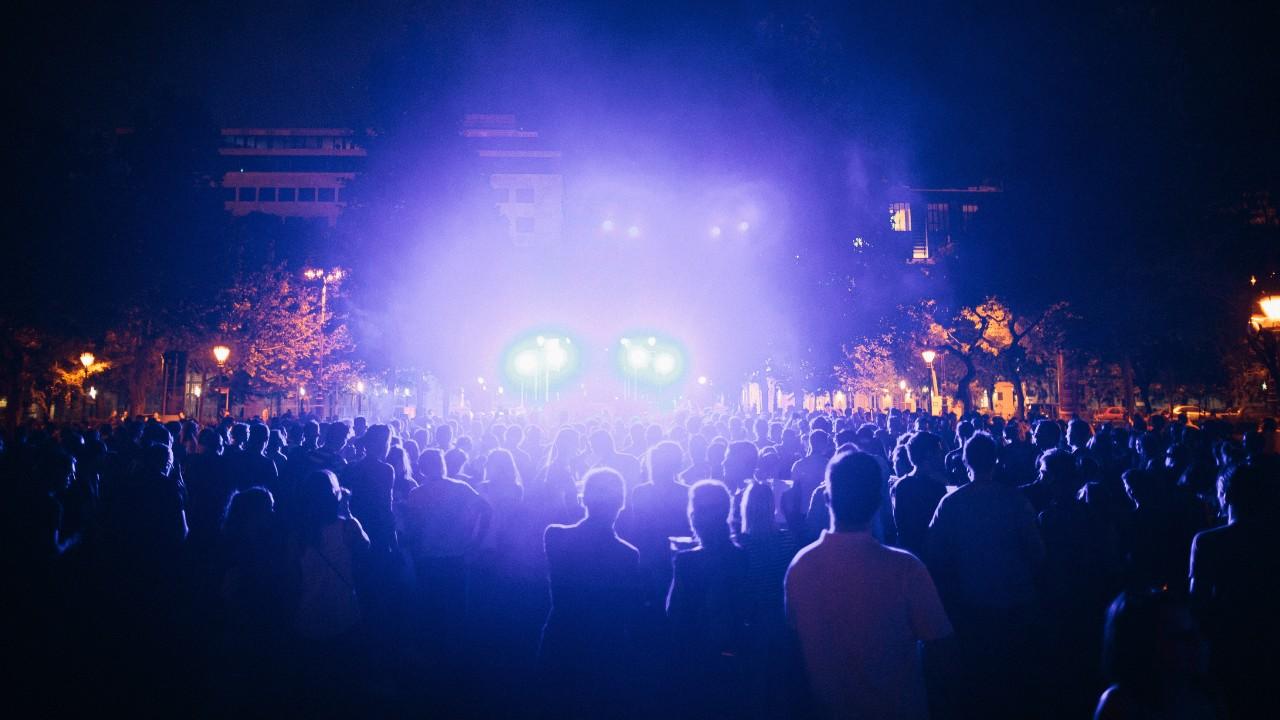 Festival nightlife crowd Bence Szemery