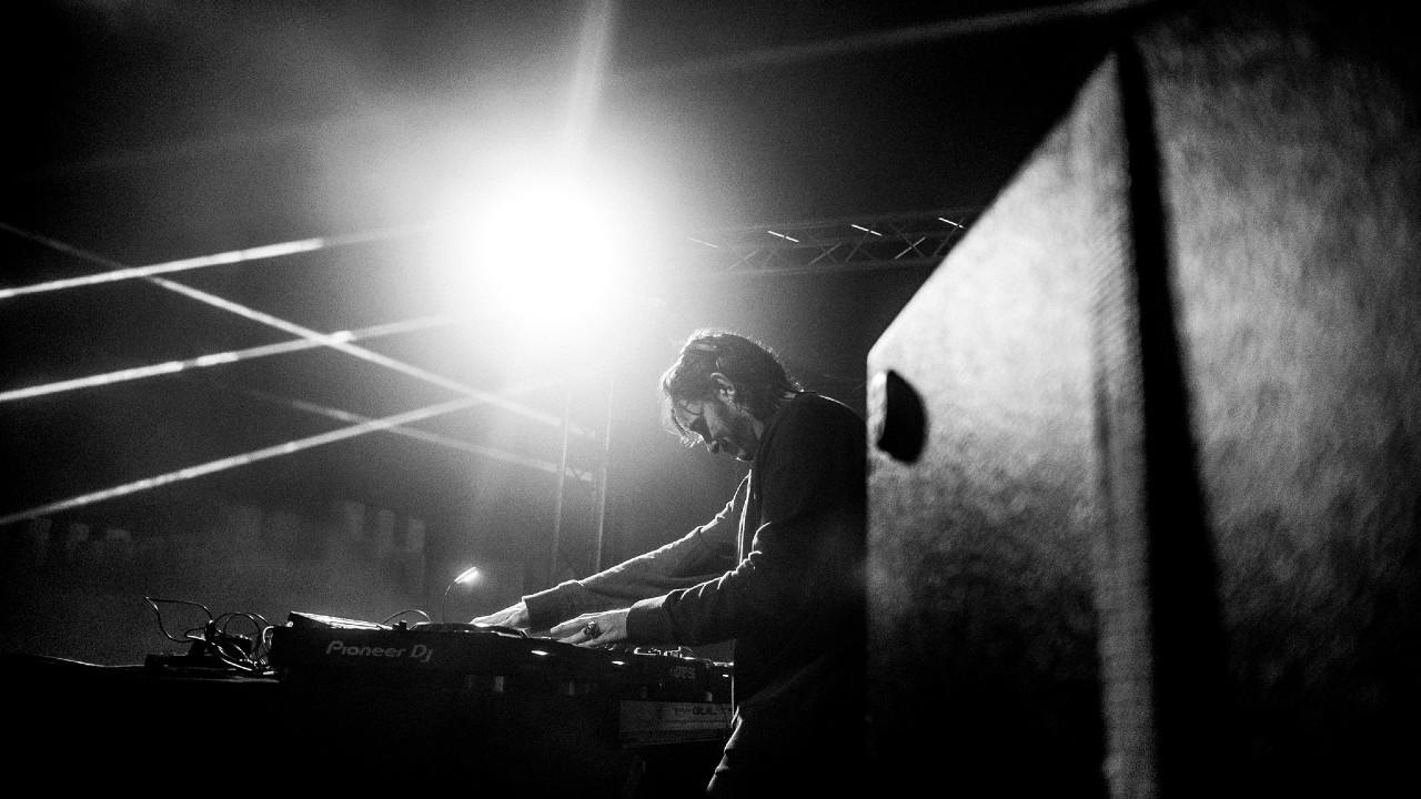 Oscar Mulero DJ black and white