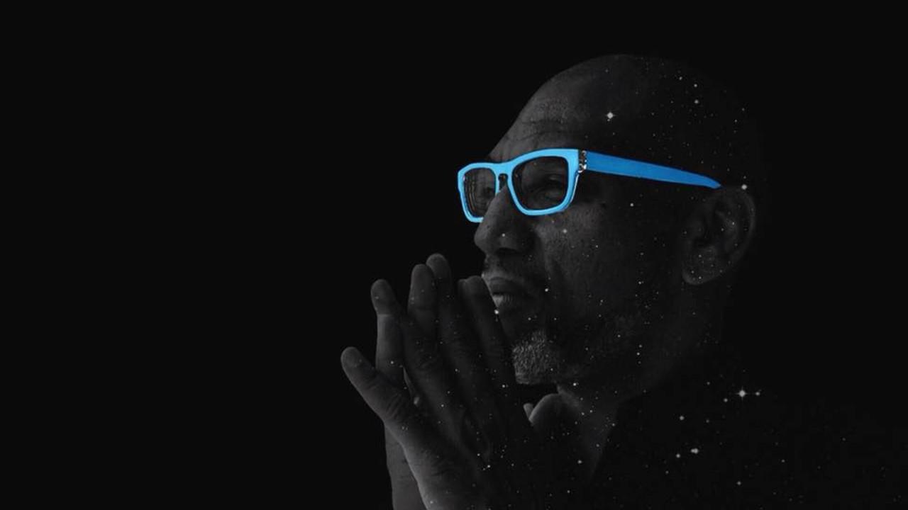 King Britt black and white blue glasses